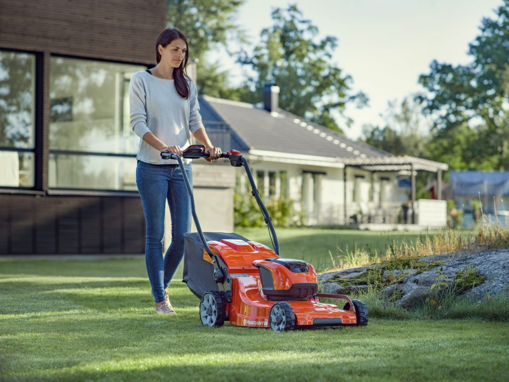 electric law mower
