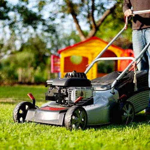 Benefits of Gas Powered Lawn Mowers